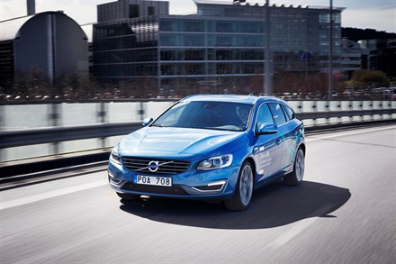 Volvo Cars presents a unique system solution for integrating self-driving cars into real traffic‬‬‬‬‬‬‬‬‬‬‬‬‬‬