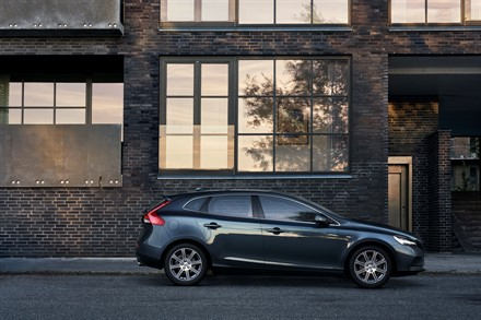 Volvo V40 T5 Inscription Location Profile