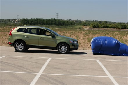 Volvo Cars wins two awards from Spanish safety institute