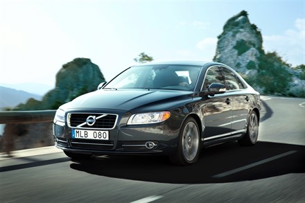 Volvo's most powerful Flexifuel engine gets higher performance and lower fuel consumption