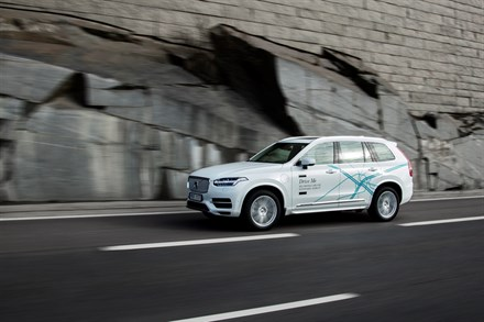 Volvo Cars to launch UK's largest and most ambitious autonomous driving trial