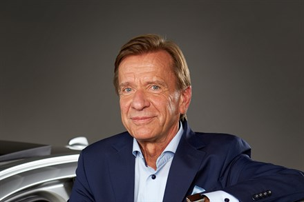 Volvo Cars CEO Håkan Samuelsson extends contract to 2022