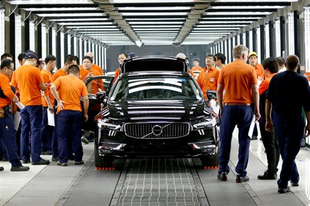 Volvo Cars manufacturing footage from the manufacturing plant in Daqing - B-roll