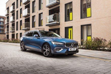 Double delight for Volvo in Carbuyer and DrivingElectric Awards