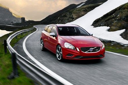 Launch of the Volvo V60 and Volvo V40 boosts Volvo Car Corporation's growth towards 200,000 cars in China