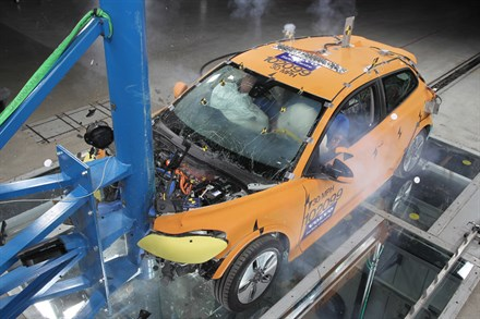 Volvo Cars takes on safety challenges in electric cars