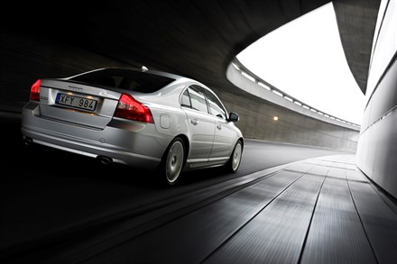 The All New Volvo S80 - Engines