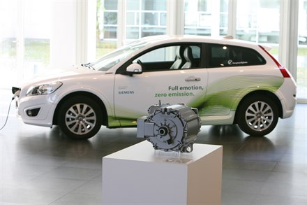 Volvo Car Corporation and Siemens launch electric mobility partnership