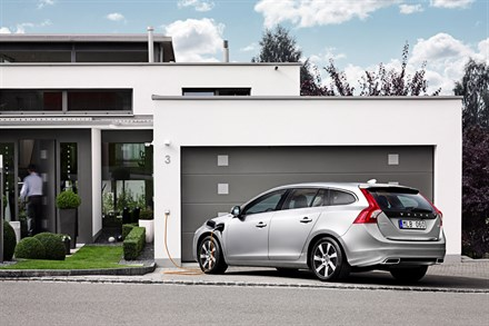 Volvo Car Corporation flirts with digital unboxing trend to launch the world's first diesel plug-in hybrid car