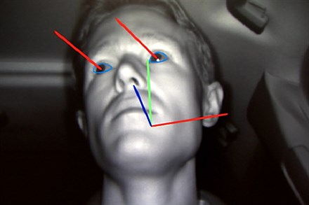 Volvo Car Corporation safety technology reduces the risk of motorway rear-end impacts by up to 42 percent