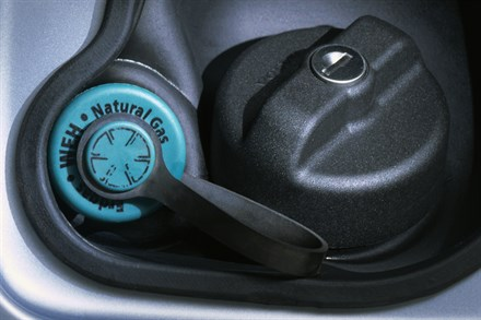 Volvo Cars backs hybrid engines