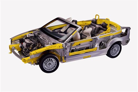 Topless Volvo teases mind and soul