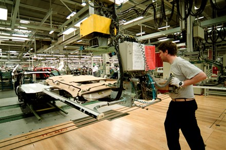 From mass-market cars to niche Sports Utility Vehicles - The Volvo Torslanda Plant turns 40