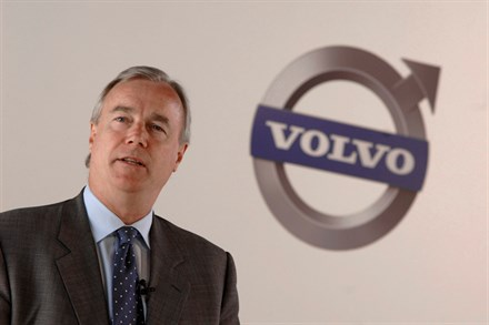 Volvo Cars and the Swedish National Road Administration in joint offensive against traffic collisions