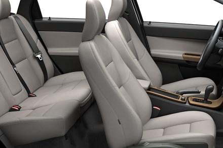 Vernieuwde Volvo V50 - Sportievere looks, meer opbergruimte in ...