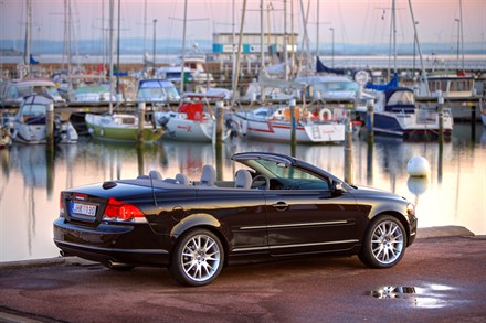 "Volvo Cars Register Three ""Ideal"" Category Wins"