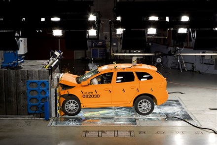 VOLVO CARS WORKING TOWARDS AN ACCIDENT FREE FUTURE