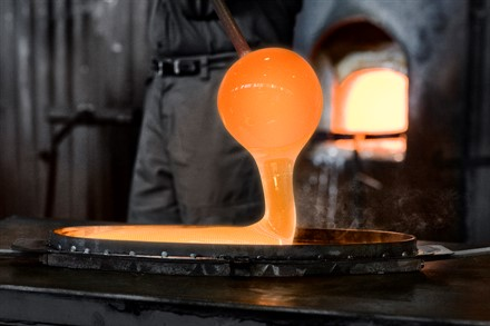 Volvo Cars engages Orrefors in work with new concept car