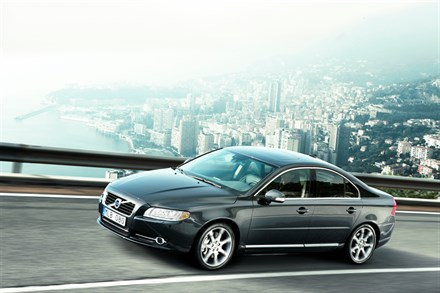 The enhanced Volvo S80 - first class exclusiveness and driving properties