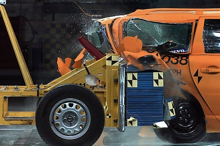 Volvo Cars takes on safety challenges involving electric cars