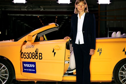 Volvo Car Corporation previews new generation collision warning system